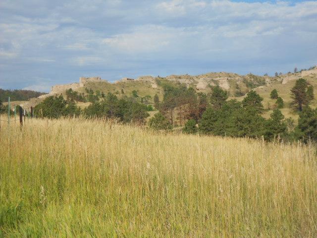 On voit les restes des Montagnes Rocheuses au loin.