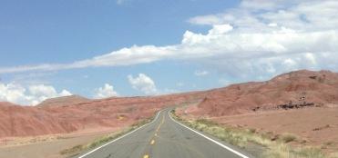 Agréables les routes secondaires aux États: elles sont en plus rectilignes, facilitant la conduite.