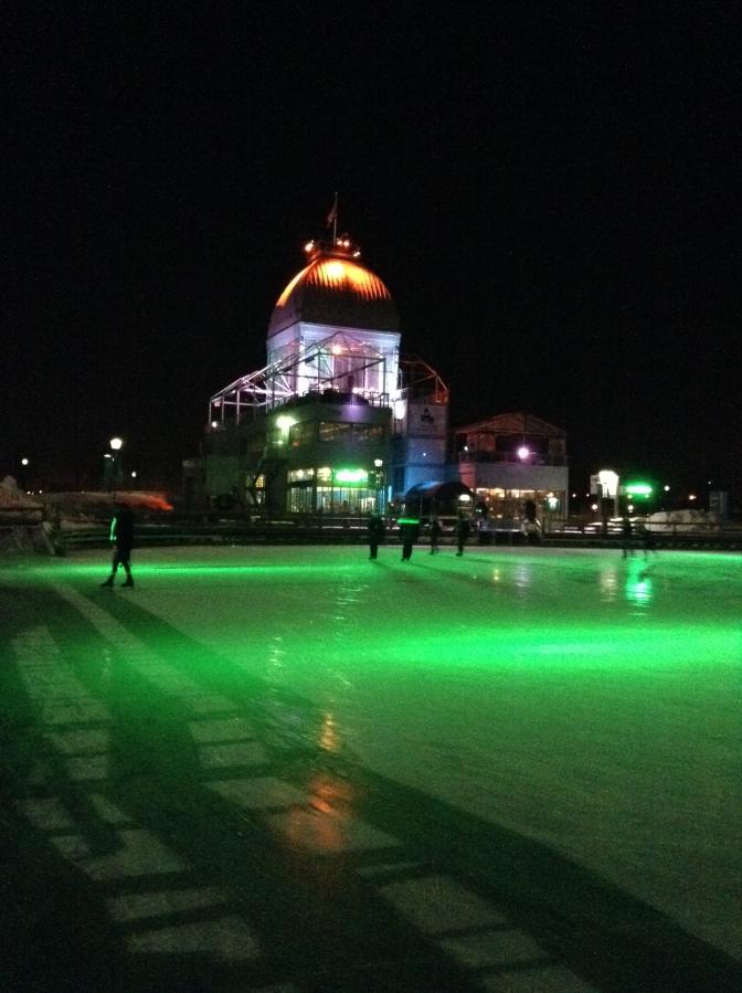 La patinoire au son de la musique romantique du jeudi soir