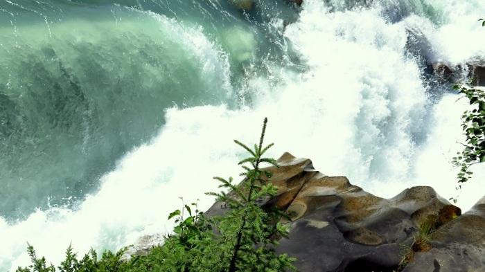 Rearguards Falls
