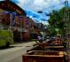 La rue Saint-Denis qui fait dans le parapluie comme bien des villes...