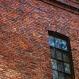 -j'aime beaucoup ces vieilles briques-
