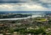 On tourne la tête un peu à l'ouest, l'île Jean-Drapeau et le pont Jacques-Cartier